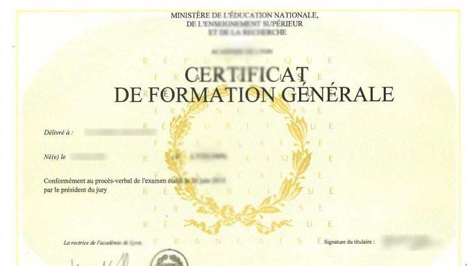 Diplôme CFG.JPG